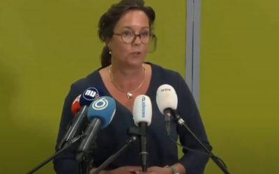 """Minister van Ark: """"Mondkapjes inzetten gericht op gedragsbeïnvloeding, dus niet zo zeer medisch gerelateerd, maar gericht op gedragsbeïnvloeding"""""""