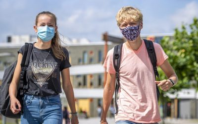 'Heroverweeg het gebruik van mondkapjes in de klas'